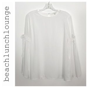 BeachLunchLounge Bell Sleeved Top